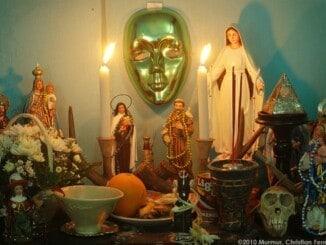 Venezolanos Santería Espiritismo