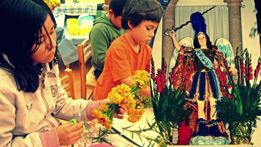 Tradiciones de México con San Miguel Arcángel