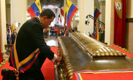 ¿Hugo Chávez murió por la Maldición de Simón Bolívar?