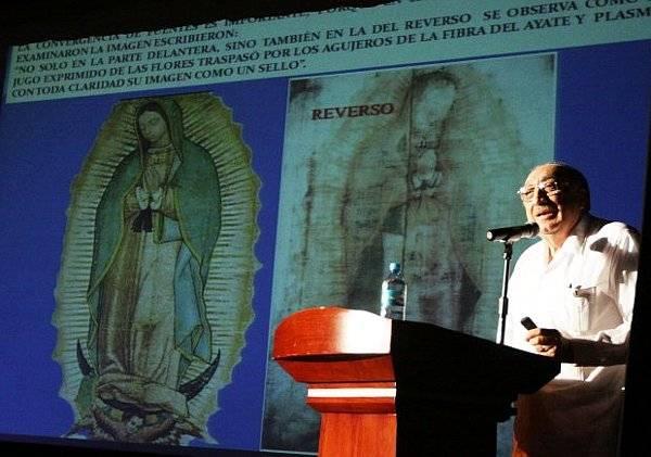 La ciencia comprueba un milagro del manto de la Virgen de Guadalupe