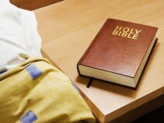 Guerra de Biblias en Georgia, Estados Unidos