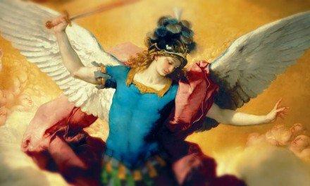 Oración a San Miguel Arcángel (+) para pedir protección contra todomal