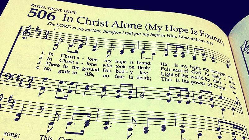 Herejías en canciones cristianas preocupa a los teólogos