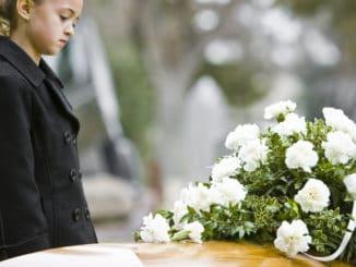 Cómo contarle a los niños la muerte de un ser querido