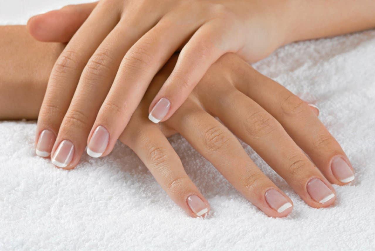 Leuconiquia – Manchas blancas en tus uñas