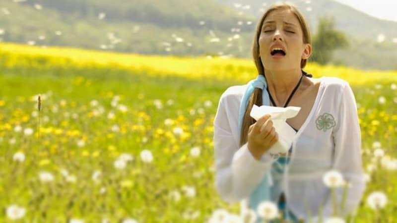 Estornudos fóticos — Sucede con el polen, la pimienta ¿y la luz?