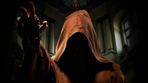 Mafia capuchina — Los monjes que robaban los vestidos de los muertos