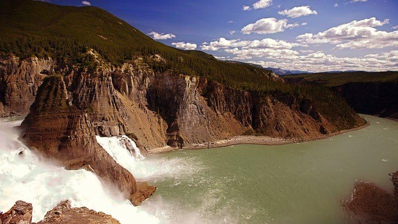 El valle de los cadáveres sin cabeza en Canadá