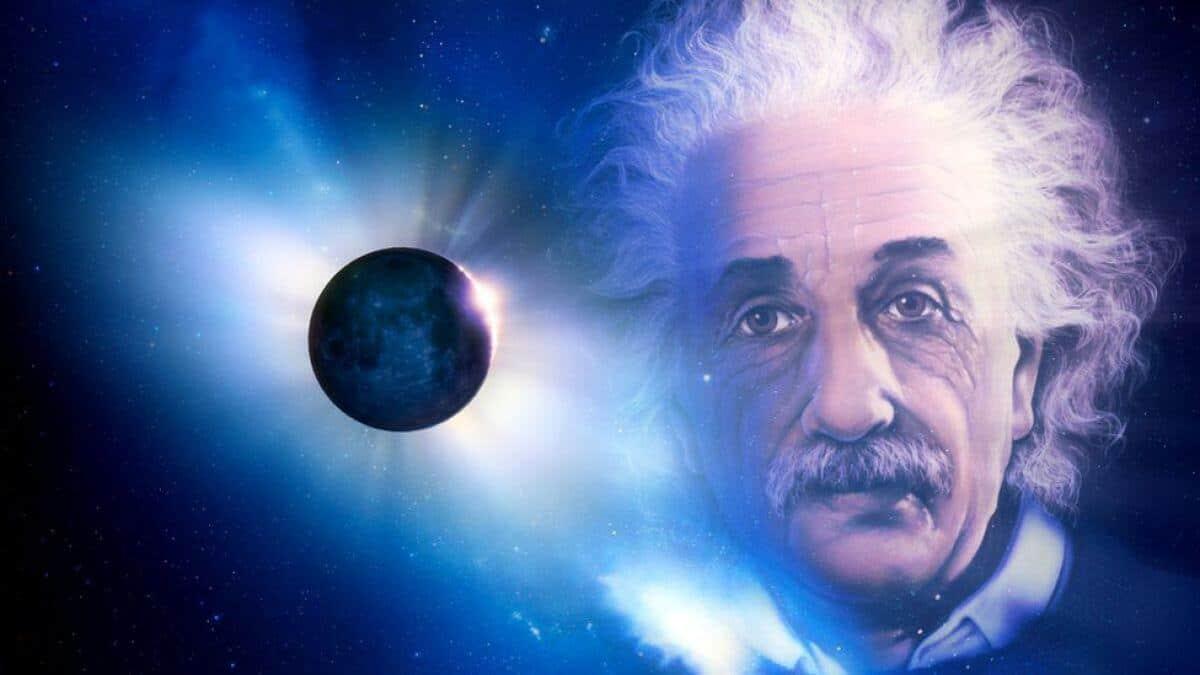 ¿Sabiás que Einstein tuvo que esperar un eclipse total para confirmar su teoría de la relatividad?