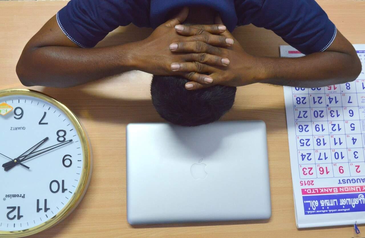 Procrastinación – La ciencia detrás del hoyo negro de la productividad
