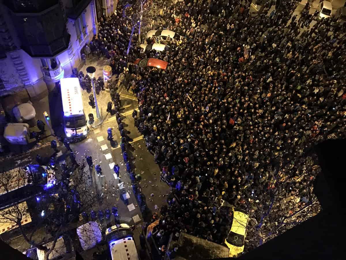 Influencia del Katún y los disturbios en Barcelona, España