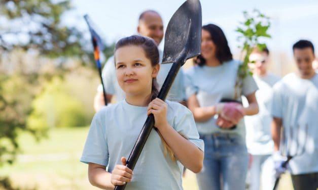 Importancia de llevar a los niños hacer labores sociales