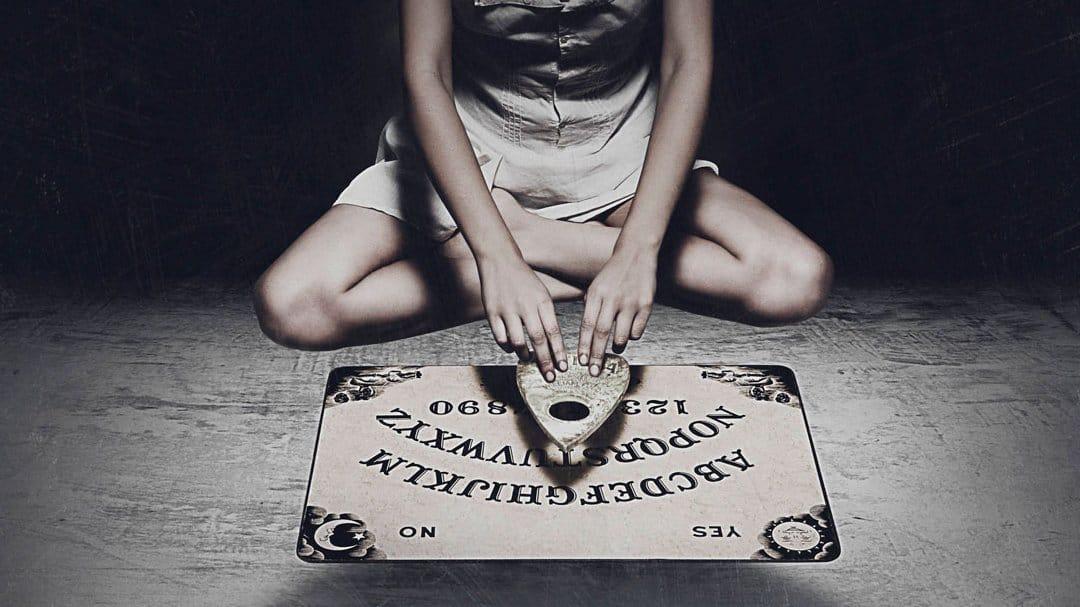 La Ouija - Todo acerca de este enigmático tablero