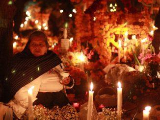 Altar de muertos en Texcoco