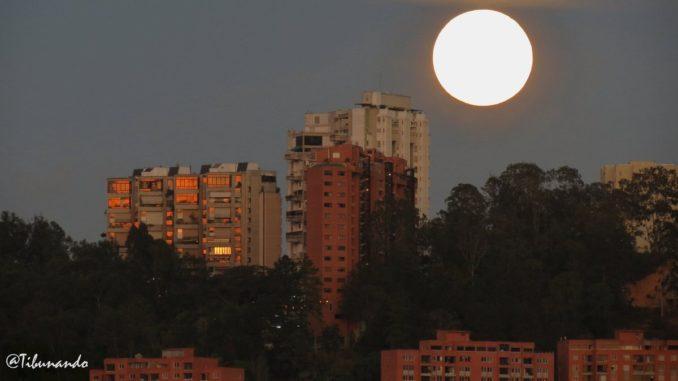 Primera Luna Llena 2021 Venezuela