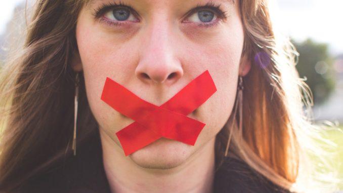 Silencio como castigo